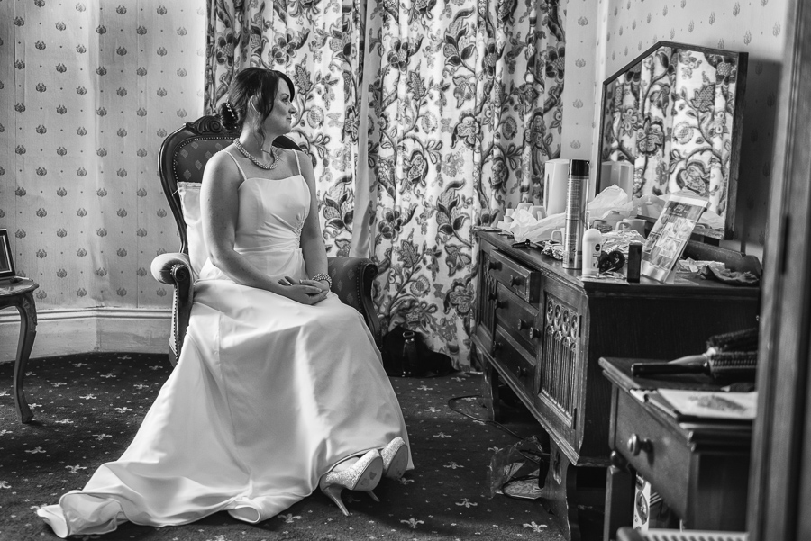 Neath Wedding Photograpger, swansea wedding photographers, castle hotel neath wedding-7