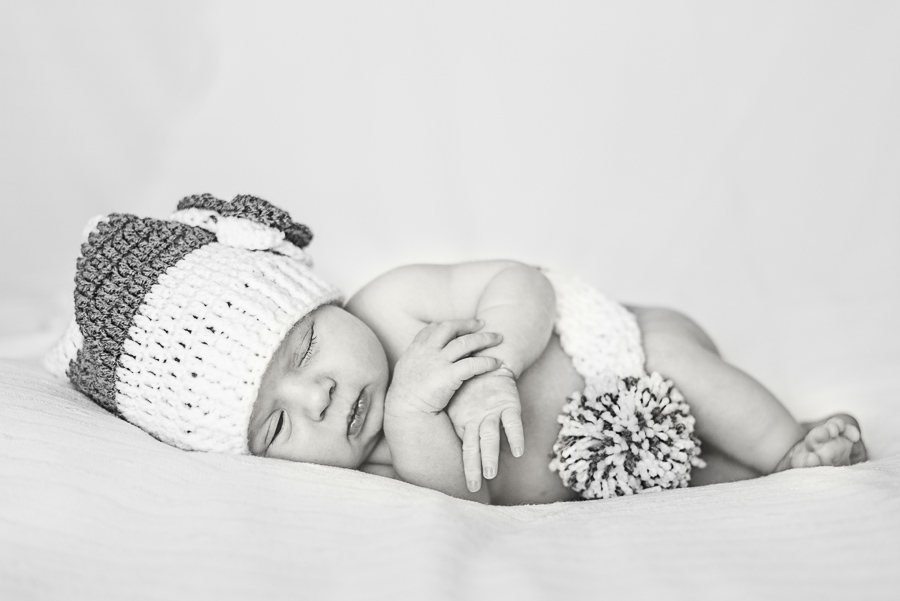 Newborn Photography Session in Swansea, photographers south wales newborn, neath, port talbot, llanelli-2