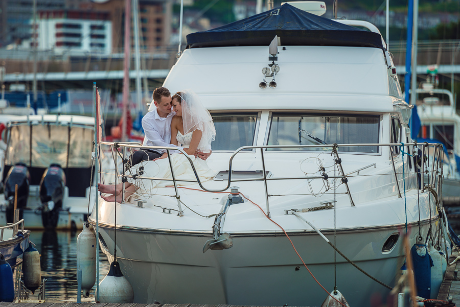 Wedding_photographers_Swansea_Grape_and_olive_Marina_photos_wedding_session_-105