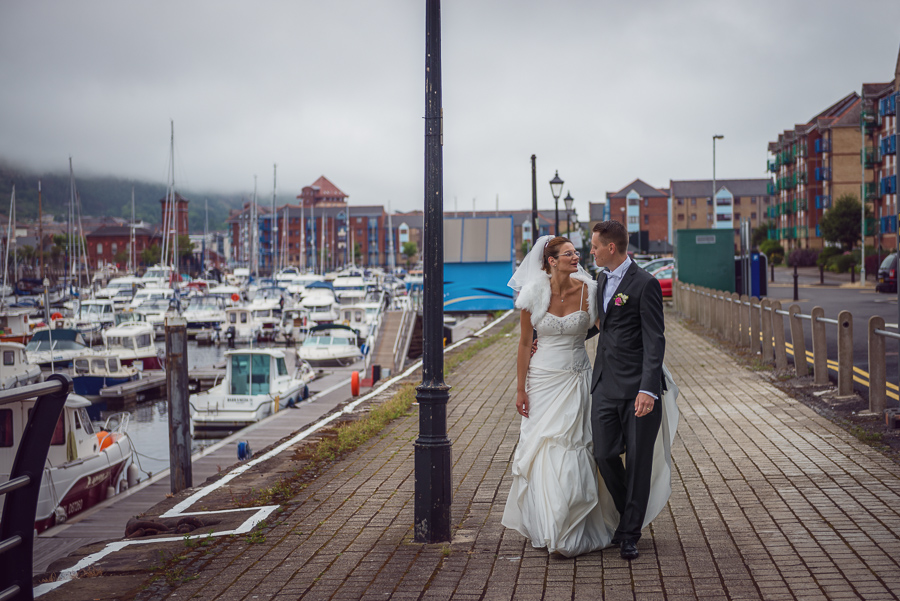 Wedding_photographers_Swansea_Grape_and_olive_Marina_photos_wedding_session_-53 — kopia