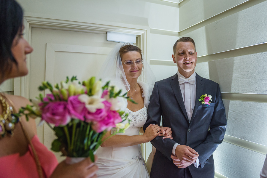 Wedding_photographers_Swansea_Grape_and_olive_Marina_photos_wedding_session_-56 — kopia