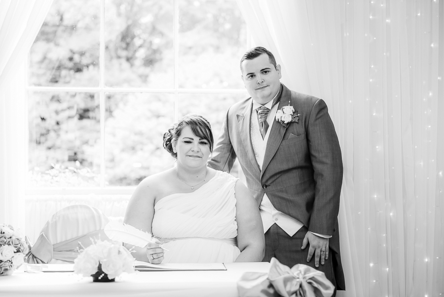 wedding photographer at the Manor Park Country House, Clydach, Swansea. -102