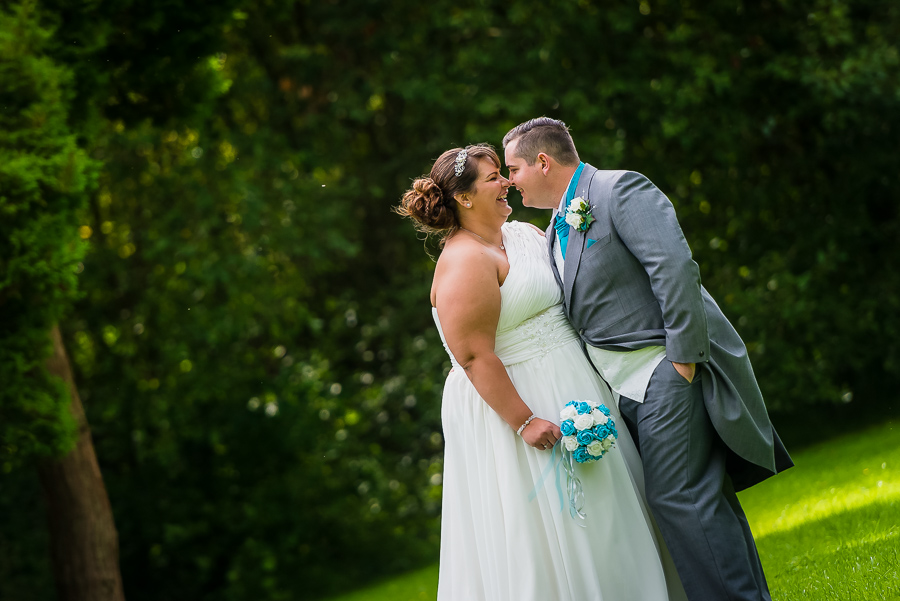 wedding photographer at the Manor Park Country House, Clydach, Swansea. -163