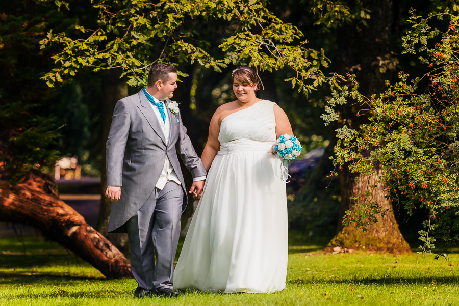 wedding photographer at the Manor Park Country House, Clydach, Swansea. -179