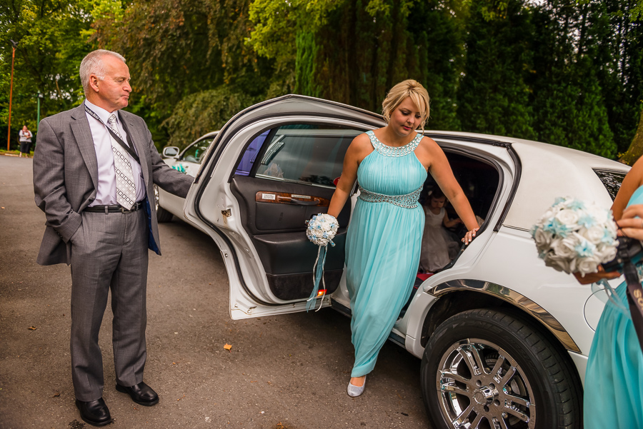 wedding photographer at the Manor Park Country House, Clydach, Swansea. -73