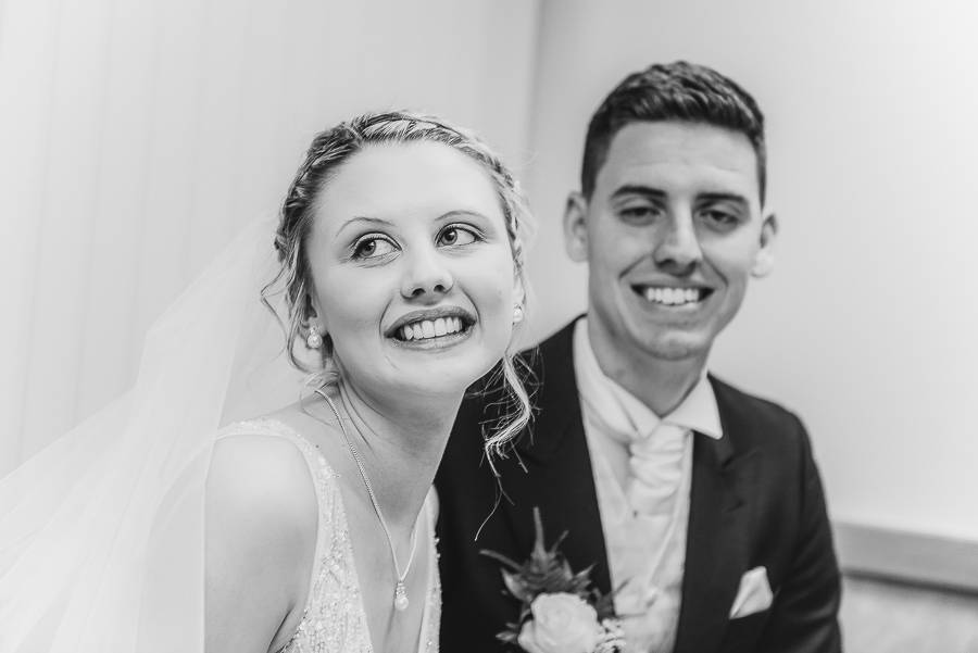 morgans-hotel-swansea-Wedding-photographer-Marina-147